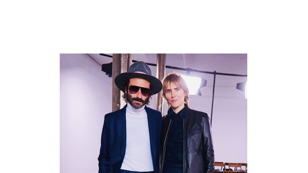 Foto: Leiva junto a Gabriela Hearst en la NYFW. (Redes)