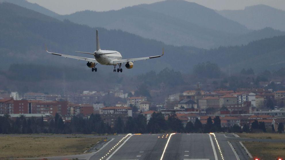 Las grandes aerolíneas empiezan a cancelar sus vuelos a China ante el coronavirus