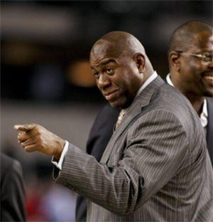 Los negocios sonríen a 'Magic' Johnson: lanzará en junio un canal para negros en EEUU