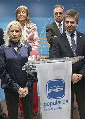 Marta Domínguez inicia hoy su otra carrera, la del Senado con el PP