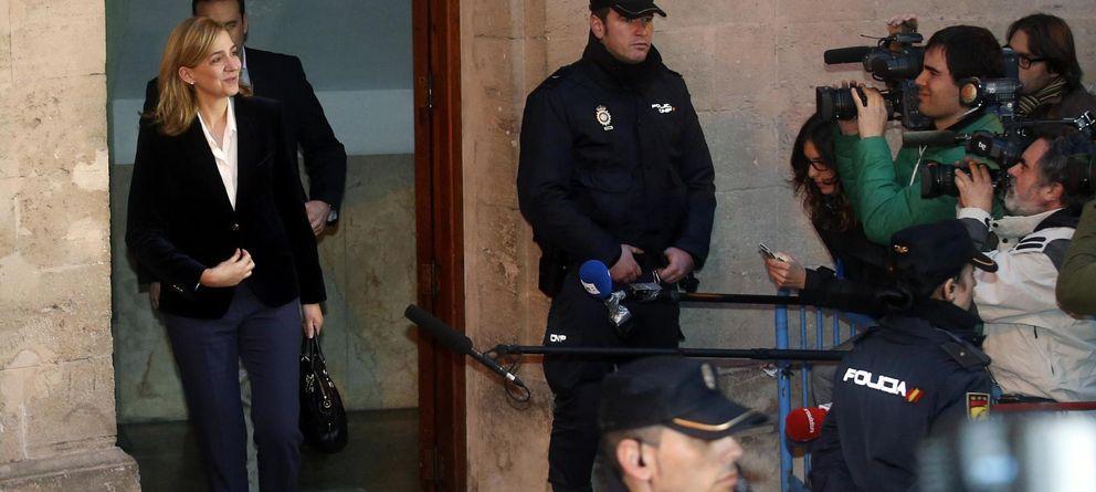 Foto: La infanta Cristina tras su declaración ante Castro (Reuters)