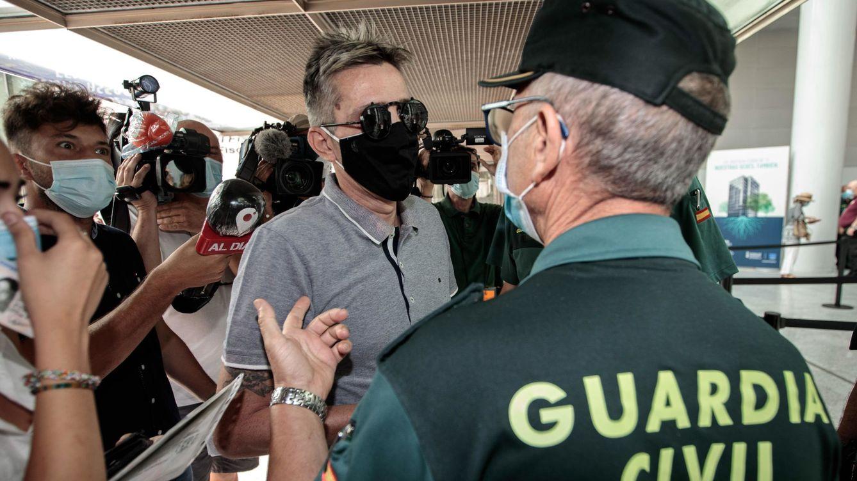 Los hermanos de Antonio Anglés, el acusado del crimen de Alcàsser, a juicio por extorsión, armas y una jeringuilla con sida