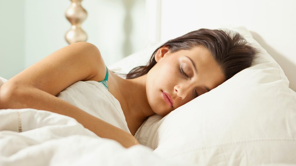 El truco para dormirte en cuanto te vayas a la cama, según la ciencia