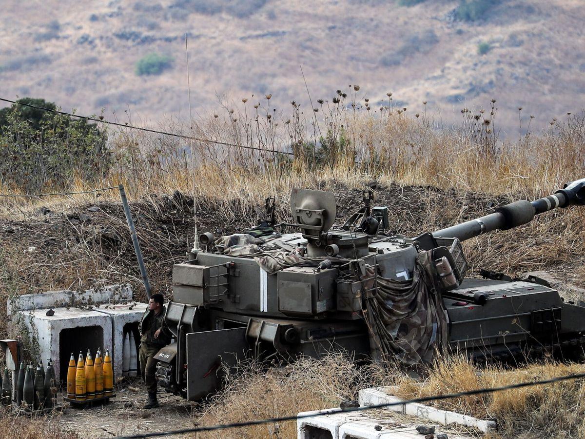Foto: Soldados israelíes en la frontera entre Líbano y los Altos del Golán ocupados por Israel (Reuters)