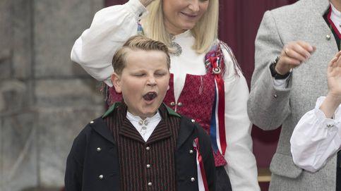 Críticas al hijo de Mette-Marit: 8 bostezos en 8 Fiestas Nacionales