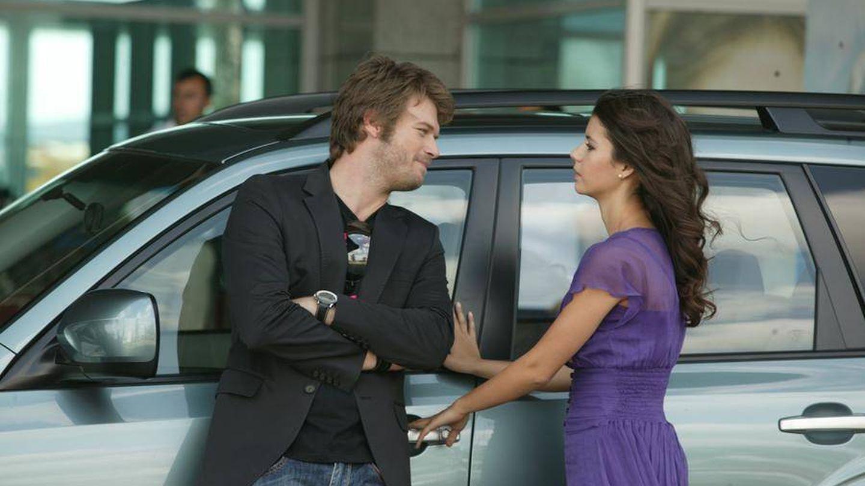 Dos de los protagonistas de 'Amor prohibido'. (Atresmedia)