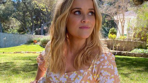 Así es el estiramiento que hace Reese Witherspoon a diario para estar en forma