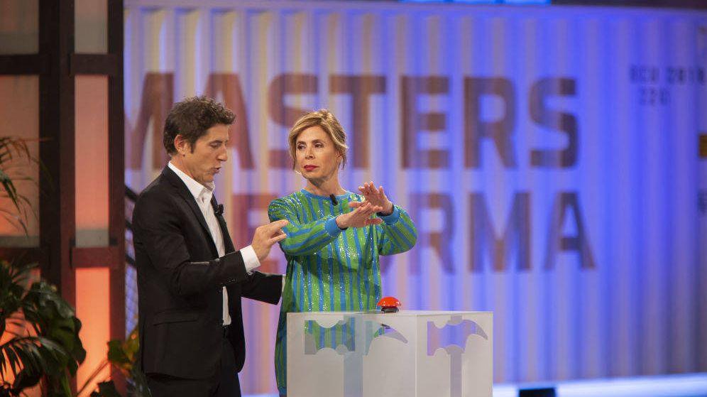 Foto: Manel Fuentes y Ágatha Ruiz de la Prada, en 'Masters de la Reforma'. (Antena 3)