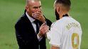 Benzema e Isco alborotan el vestuario del Real Madrid con sus 'rajadas'