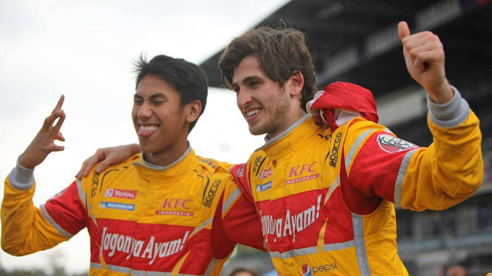 Foto: Sean Gelael y Antonio Giovinazzi en la Asian Le Mans Series. (AsLMS)