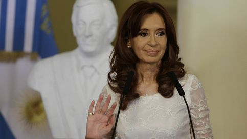 Cristina Fernández de Kirchner, acusada de falsificar su título de Derecho