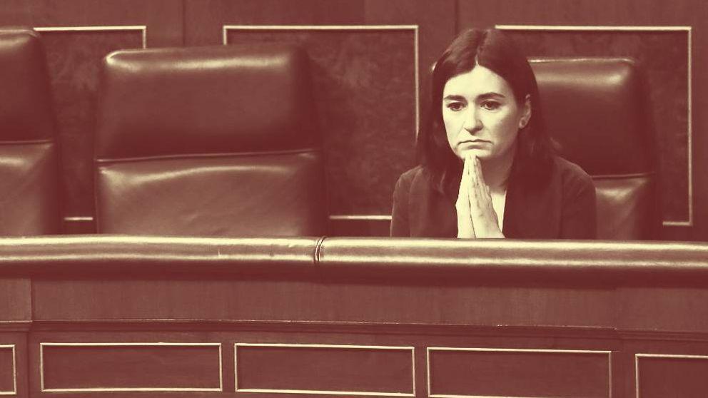La tibia defensa de Moncloa y el silencio del PSOE evidencian la soledad de Montón