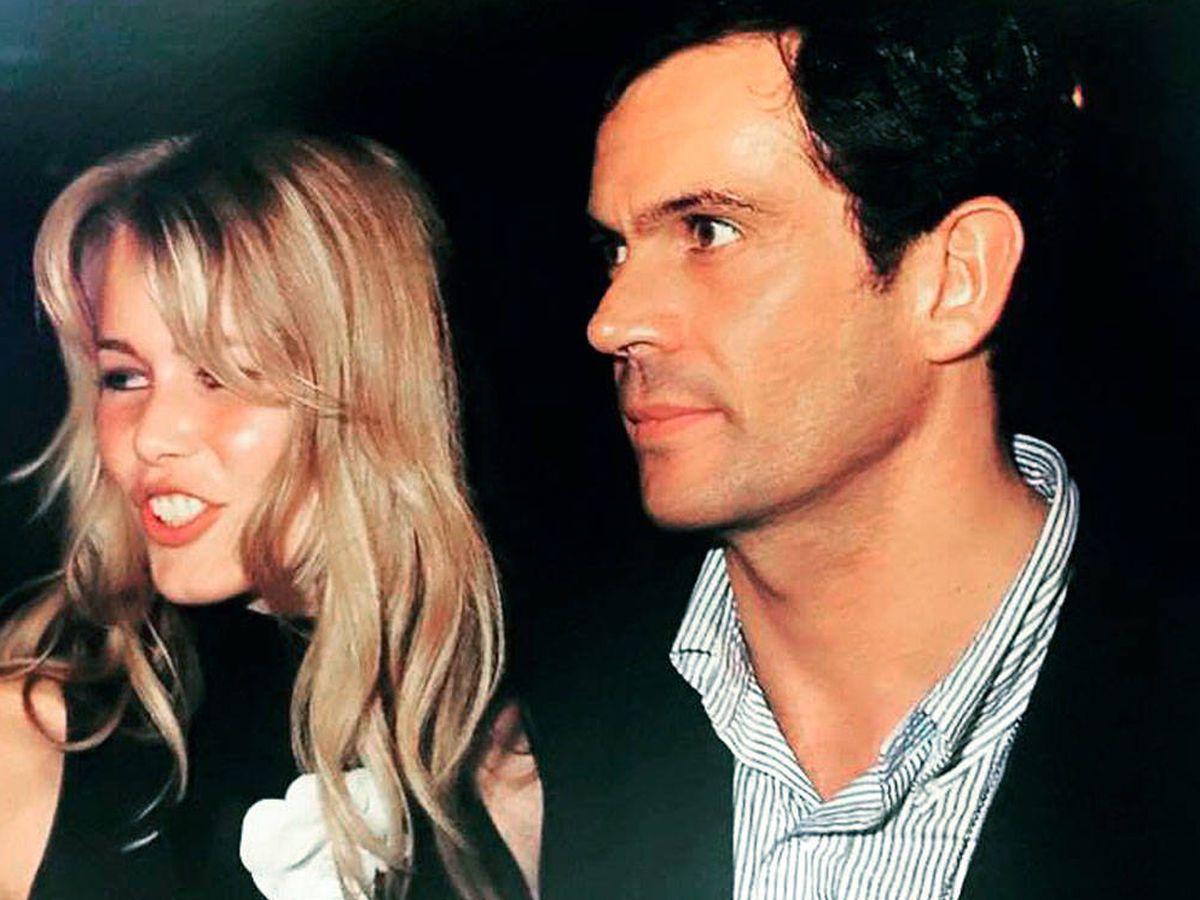 Foto: Javier Escobar y Claudia Schiffer. (IG)