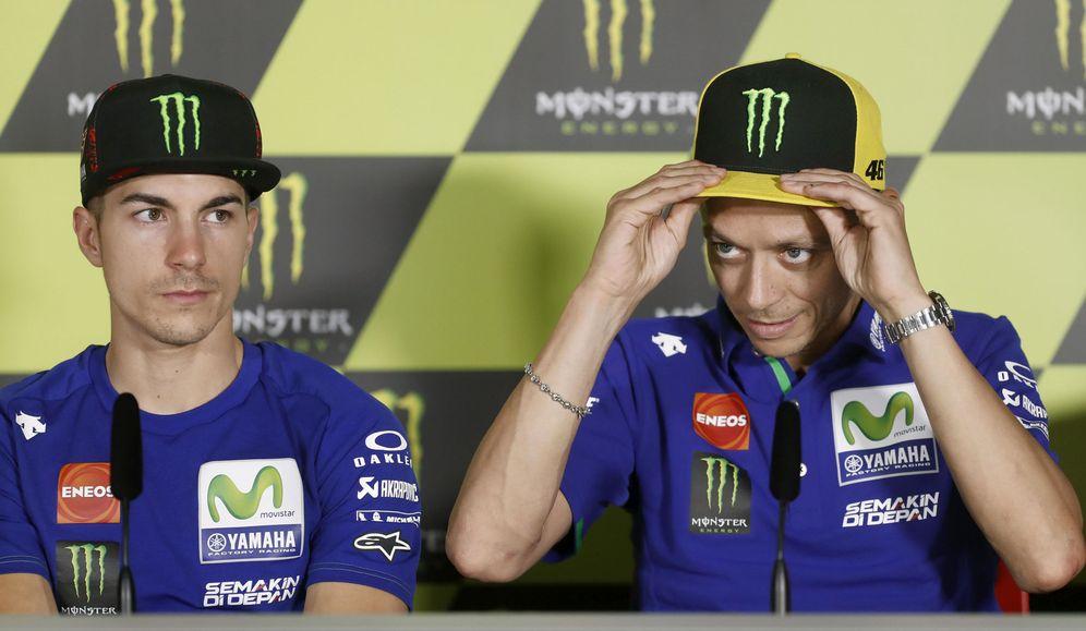 Foto: En la imagen, Maverick Viñales y Valentino Rossi. (EFE)