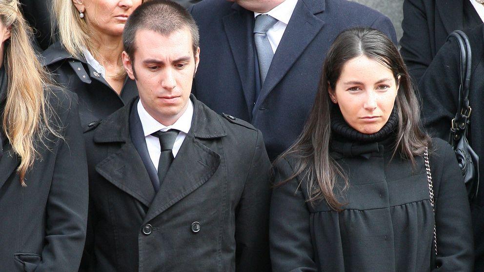 Alejandra, futura duquesa de Suárez, se refugia en su novio