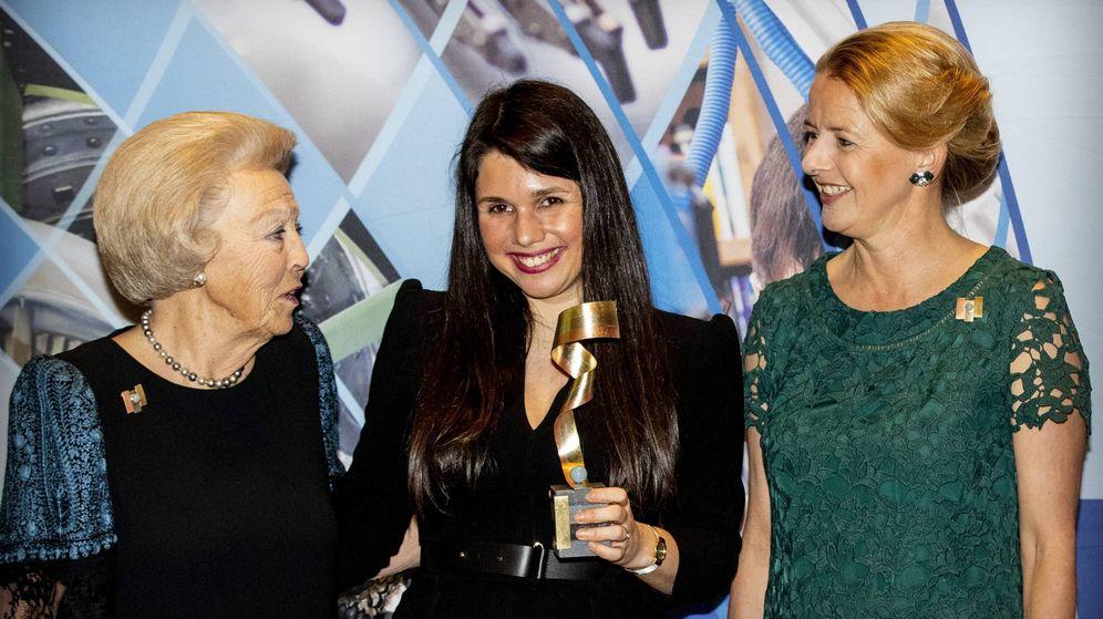 Foto: Mabel, tras entregar el premio que lleva el nombre del príncipe Friso.(CORDON)