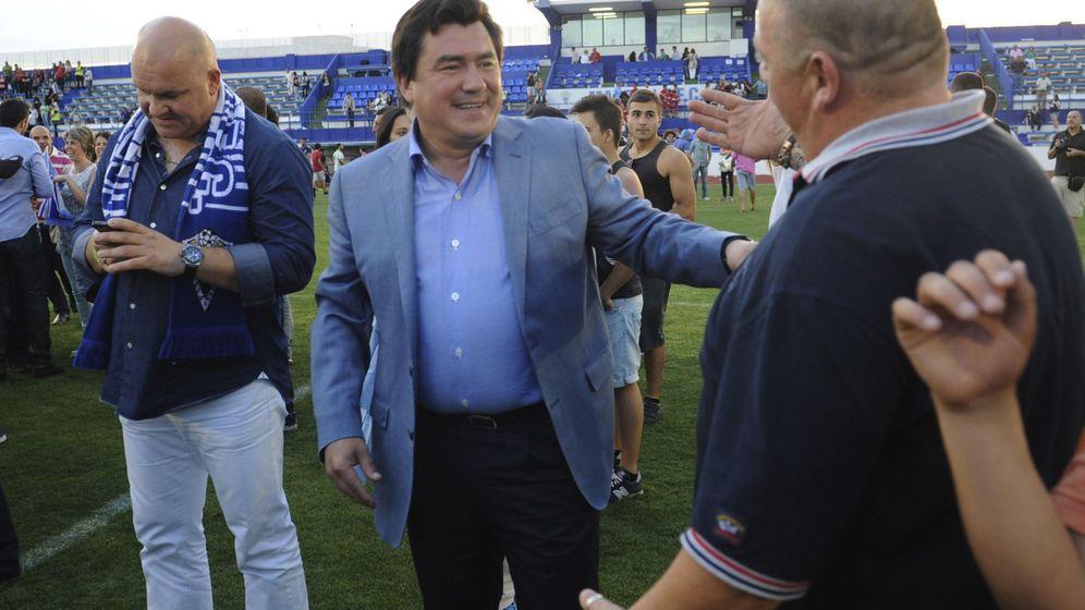 Foto: Fotografía de archivo de mayo de 2014 del presidente del Marbella Club de Fútbol, Alexander Grinberg. (EFE)