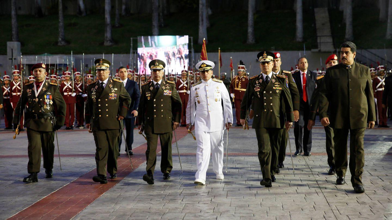Nicolás Maduro a su llegada a un desfile militar para el relevo en el mando de la Guardia Nacional, en Caracas. (Reuters)