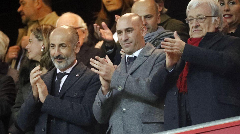 El presidente del Athletic, Aitor Elizegi, junto al presidente de la RFEF, Luis Rubiales. (EFE)