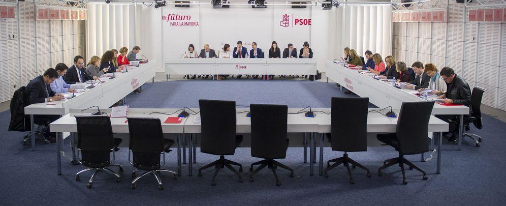 Foto: Reunión de la ejecutiva federal del PSOE el pasado 24 de febrero en la sede de Ferraz, en Madrid. (Borja Puig)