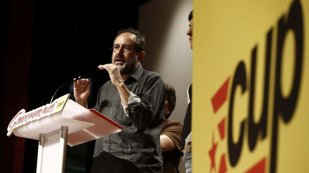 Foto: El candidato a la presidencia de la Generalitat por la CUP, Antonio Baños. (EFE)