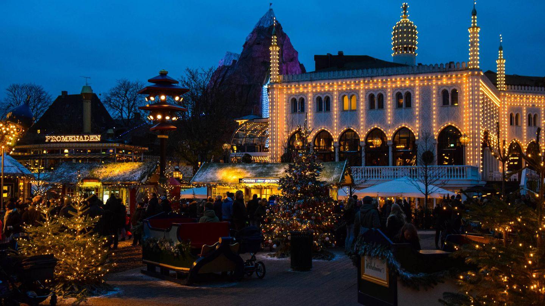 Mercado navideño del parque de atracciones Tivoli, en Copenhague (Maria Eklind)