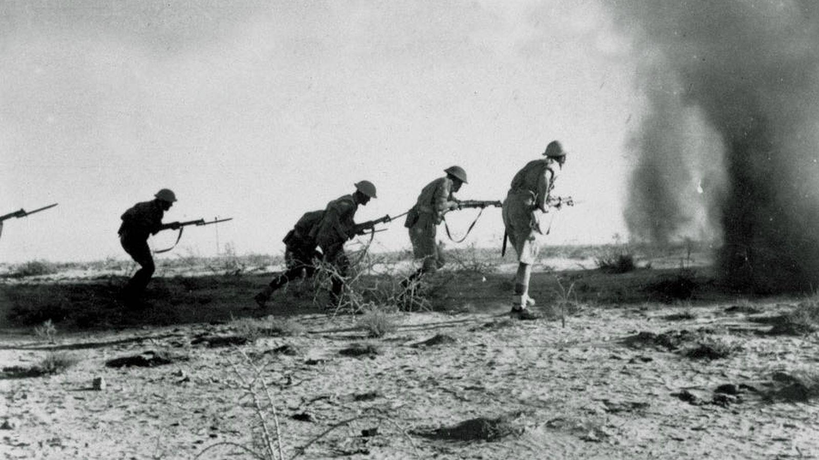 Foto: Soldados británicos en Egipto en 1942 durante la batalla de El Alamein