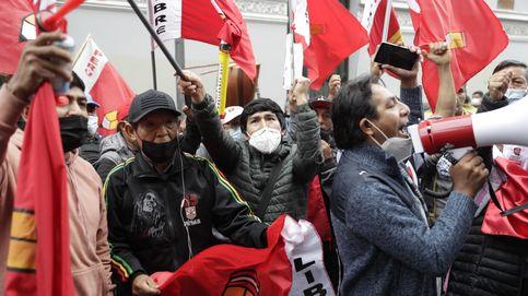 La bolsa de Perú se desploma ante la posible llegada de Castillo al poder y el caos político