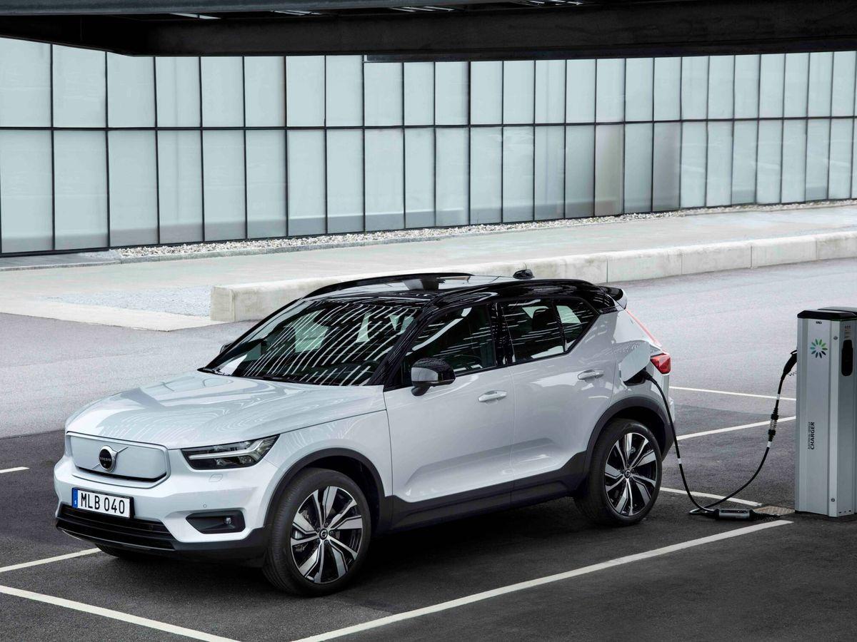 Foto: La batería de 69 kWh del nuevo Volvo XC40 Recharge de tracción delantera puede cargarse del 10 al 80% en 32 minutos en una estación rápida.