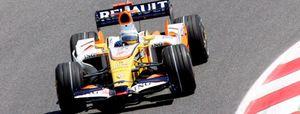 Renault, ni mejora ni empeora con los cambios