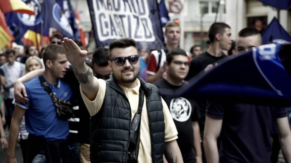 Foto: El resurgimiento del fascismo en España, uno de los reportajes de 'Sin filtros'.