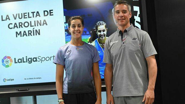 Carolina Marín y Fernando Rivas, en un acto de LaLigaSports
