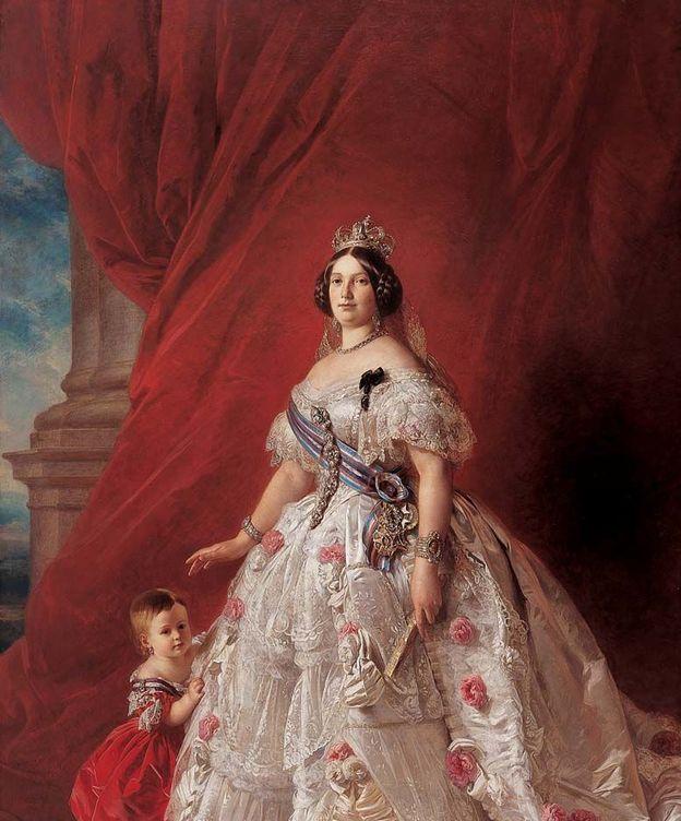 Foto: Isabel II en 1852, retratada junto a su hija Isabel por Franz Xaver Winterhalter.