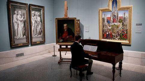 Celebración del día Del Florista y la primera zarzuela resuena en el Prado el día en fotos
