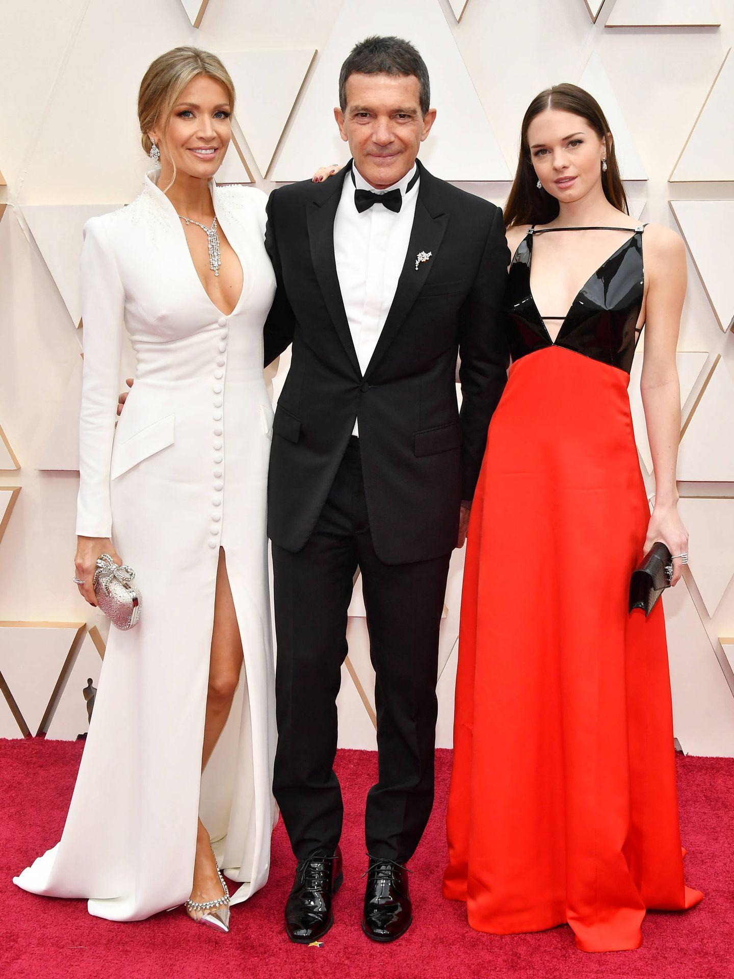 Nicole Kimpel, Antonio Banderas y Stella Banderas. (Getty)
