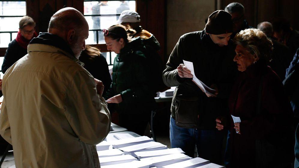 Foto: Más de 37 millones de españoles están llamados a elegir este domingo un parlamento que rompa el bloqueo político del país (EFE)