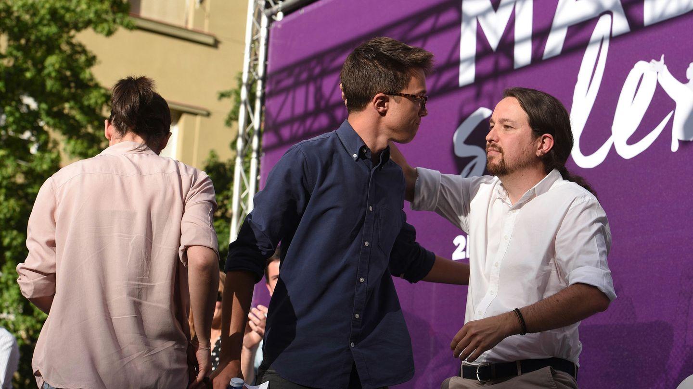 Pablo Iglesias, líder de Podemos, e Íñigo Errejón, durante un acto en la capital el pasado 2 de mayo, Día de la Comunidad de Madrid. (EFE)