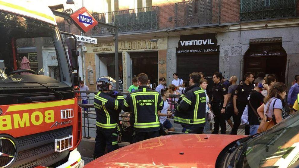 Al menos seis heridos leves en el metro de Príncipe de Vergara tras estallar un portátil
