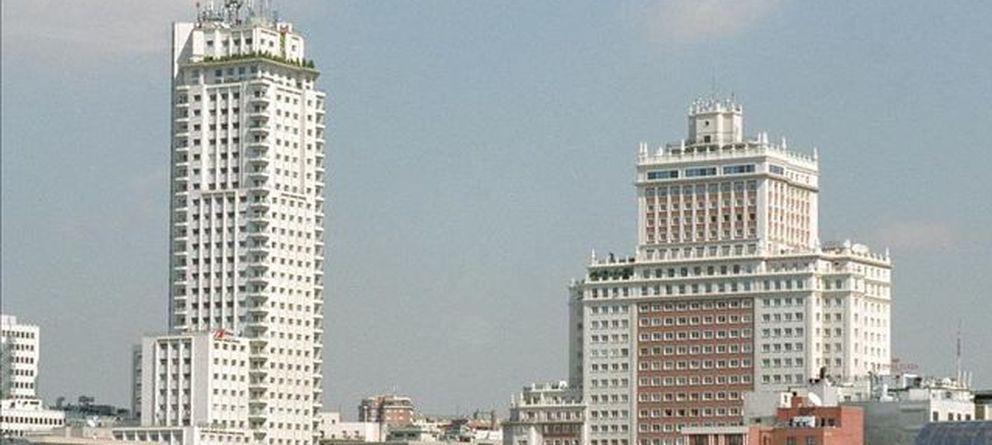 Foto: Vista del Edificio España. (Efe)