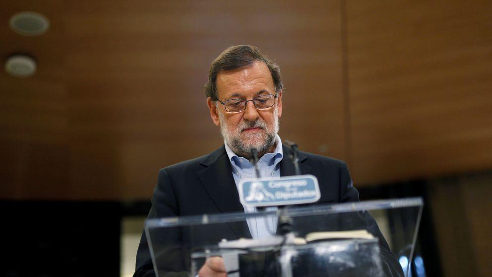 Rajoy, tras criticar a Sánchez, hace como él y fija su investidura a las cuatro de la tarde