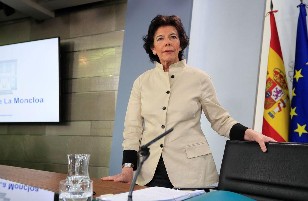 Foto: Isabel Celaá, ministra de Educación y portavoz del Gobierno, este 10 de mayo. (EFE)