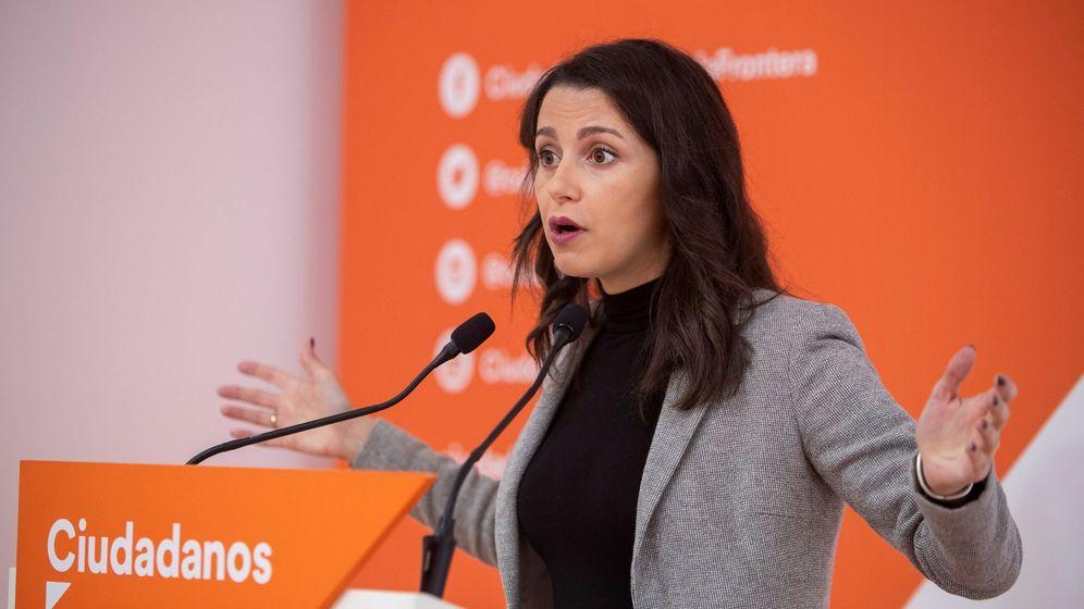 Foto: La presidenta y portavoz de Ciudadanos en el Congreso de los Diputados, Inés Arrimadas. (EFE)