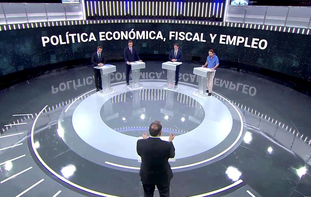 Foto: Pablo Casado, Pedro Sánchez, Albert Rivera y Pablo Iglesias, el pasado 22 de abril en el debate de RTVE con Xabier Fortes. (Reuters)