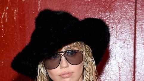 Miley Cyrus, Kaia Gerber... Todas en el desfile de Tom Ford en el metro de Nueva York