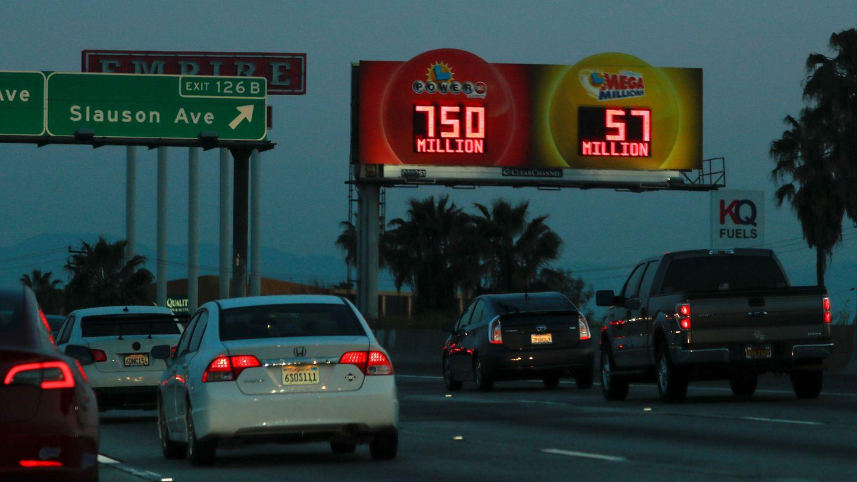 La lotería Powerball es una de las más famosas de Estados Unidos y suele tener botes millonarios (Reuters/Mike Blake)