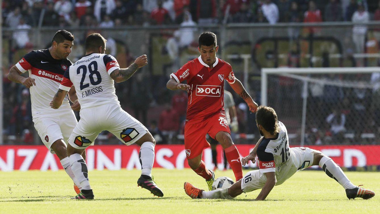 El hermano del Kun Agüero llega cedido al Cádiz procedente de Independiente