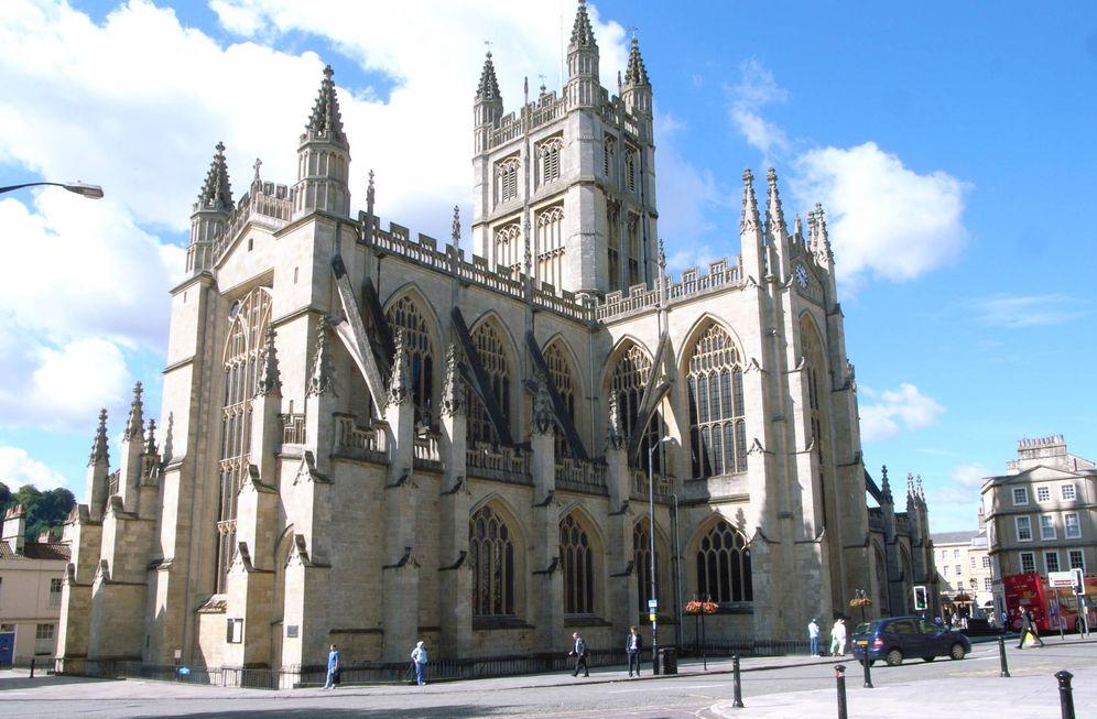 Foto: Descubren el monasterio perdido donde fue coronado el primer rey de Inglaterra. (CC/Wikimedia Commons)