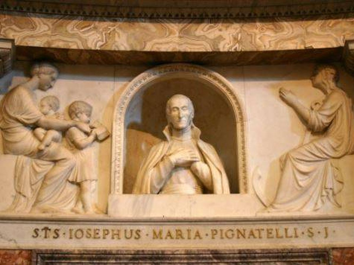 Foto: Escultura de San José Pignatelli en la Iglesia del Gesú (Roma), por Antoni Solà. (C.C.)