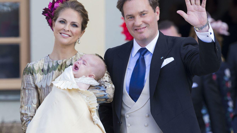Foto: La princesa Magdalena y su marido en el bautizo del príncipe Nicolás (Gtres)