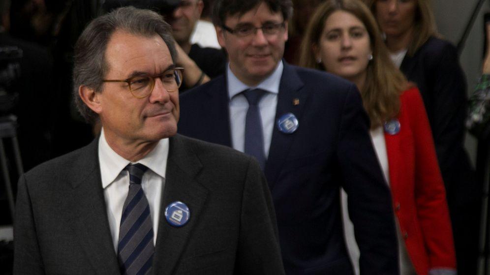 Foto: Artur Mas y Carles Puigdemont. (Reuters)